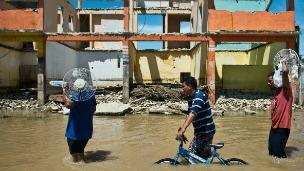 Estragos causados por los huracanes.