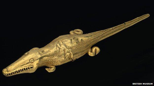 Cocodrilo de oro precolombino