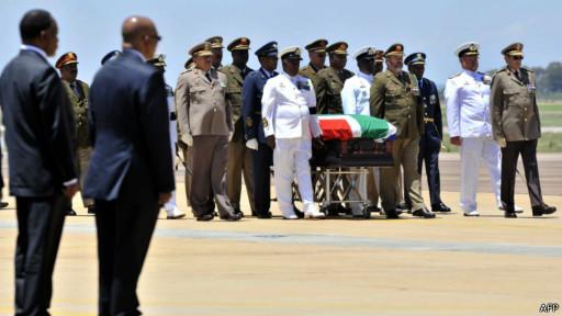 Caixão de Nelson Mandela é enterrado | Crédito: AFP