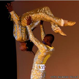 Pareja de bailarines de Colombia