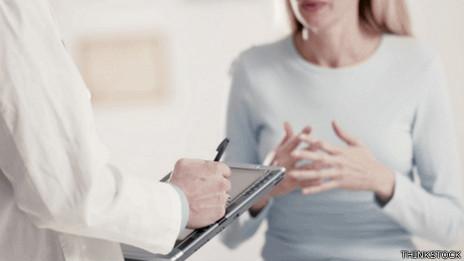 Consulta de un médico