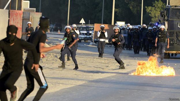 Protestos em Bahrein (Reuters)