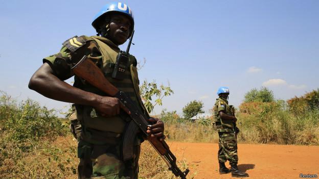 Capacetes azuis da ONU no Sudão do Sul (foto: Reuters)
