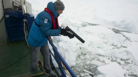 Erik van Sebille en el barco rusa