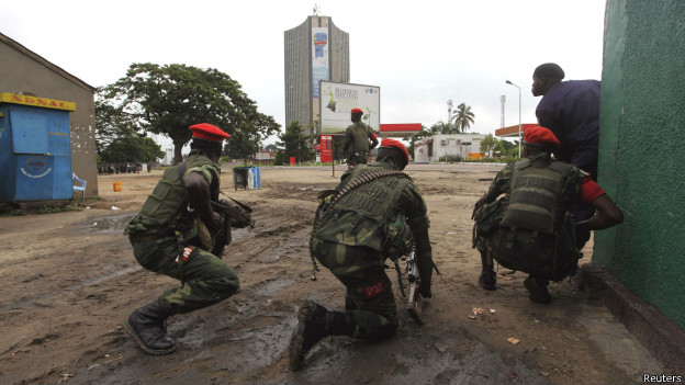 http://wscdn.bbc.co.uk/worldservice/assets/images/2013/12/30/131230143711_drc_kinshasa_attacks_624x351_reuters.jpg