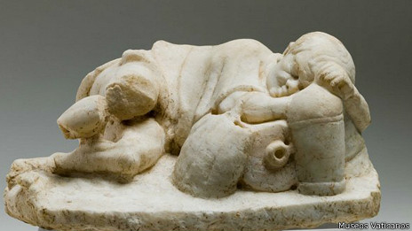 Escultura en una tumba