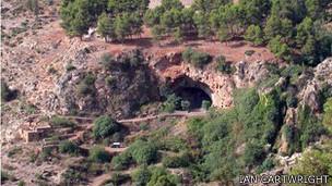 Входы в пещеры