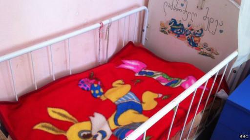 Кроватка в интернате