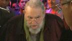 Fidel Castro reaparece en un evento público