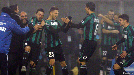 Domenico Berardi celebra