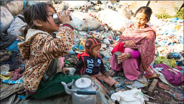 Пьющие дети в Катманду