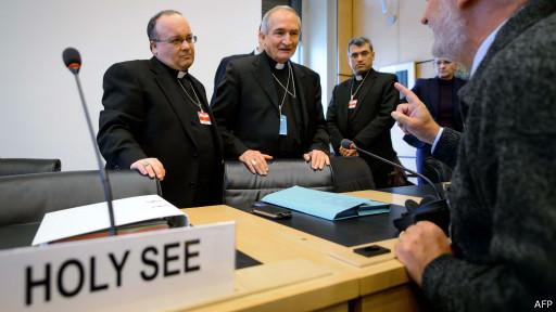 Члены делегации Ватикана