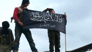 140121065243 syria nusra 304x171 ap حکومت سوریه به ارتکاب جرایم جنگی و جنایت علیه بشریت متهم شد