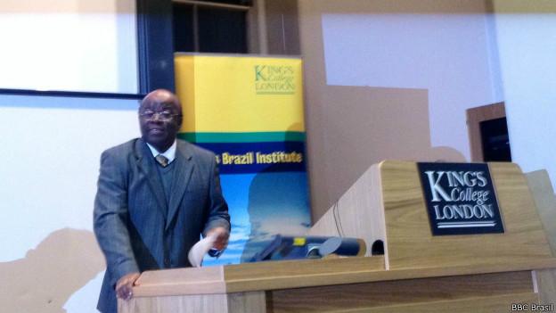 Presidente do STF, Joaquim Barbosa, dá palestra em Londres | Crédito: BBC Brasil
