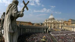 A praça São Pedro, no Vaticano
