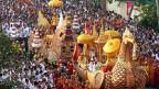 Ceremonia de llegada de la urna con reliquias de Buda