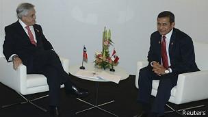 Pinera (esq.) e Humala (Reuters)