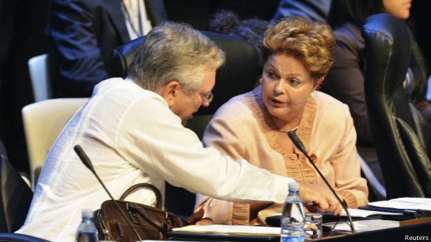 Com Dilma, o Brasil perdeu força na política internacional?