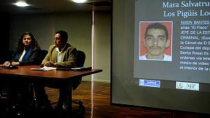 Claudia Paz y Paz presenta a un detenido. Foto Getty Images
