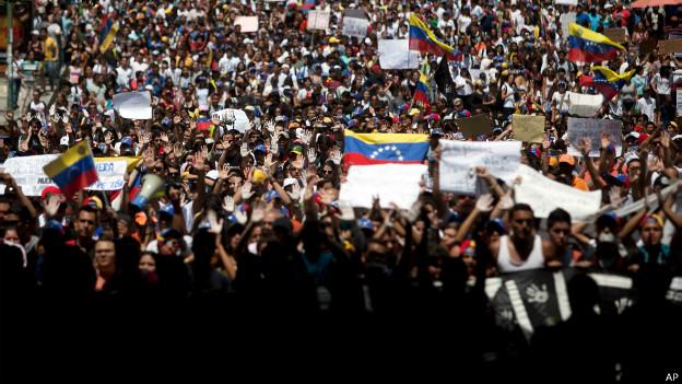 Brasil adota cautela em crise na Venezuela