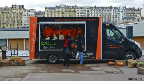 Food truck de Marc Veyrat | Crédito: Daniela Fernandes/BBC Brasil