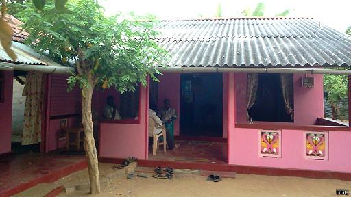 சாந்தனின் தாயார் தில்லையம்பலம் மகேஸ்வரியின் இல்லம்