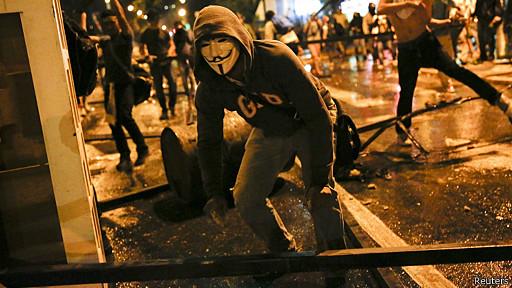 140220012326_sp_caracas_protestas_512x28