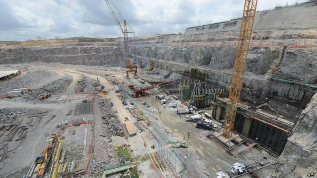 Construcción de la represa de Belo Monte