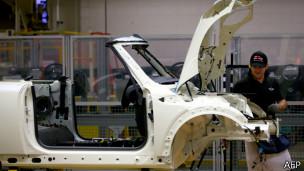 Автомобильный завод в Британии