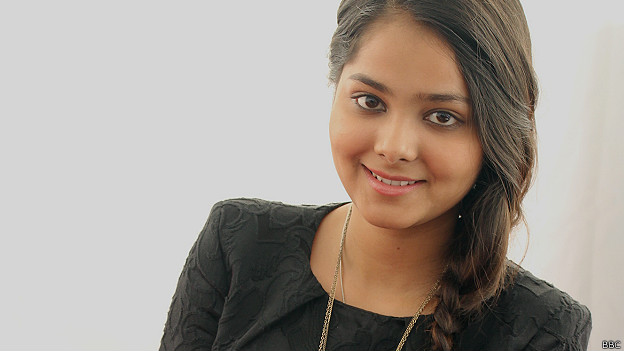 श्रद्धा शर्मा, यूट्यूब, सिंगर