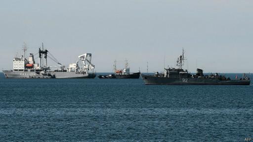 Navios russos na Crimeia (AFP)