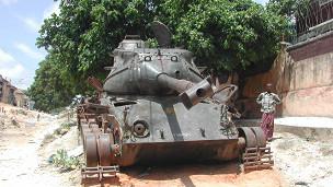 tank in Mogadishu, BBC