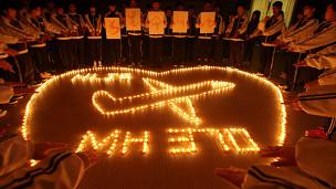 Oraciones por el avión de Malaysia Airlines