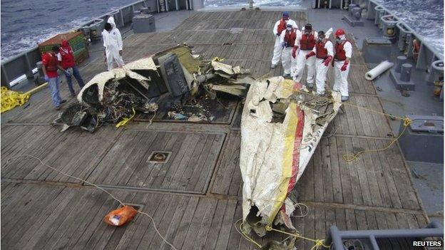 Restos de la avioneta en la que viajaba Vittorio Missoni con otros cinco pasajeros.