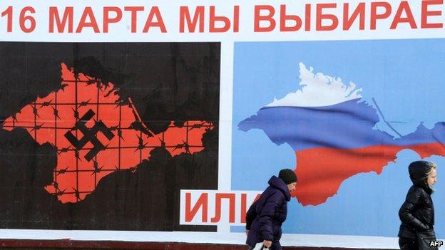 Votação na Crimeia / AFP