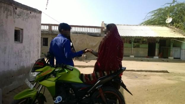 वाडिया गाँव के निवासी
