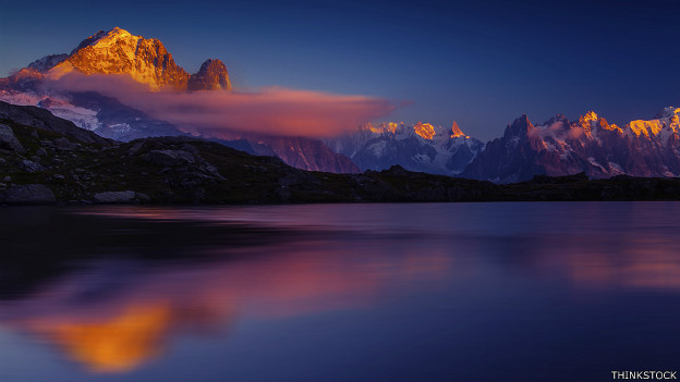 Mont Blanc en la distancia