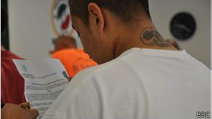 Deportado con formulario de identificación