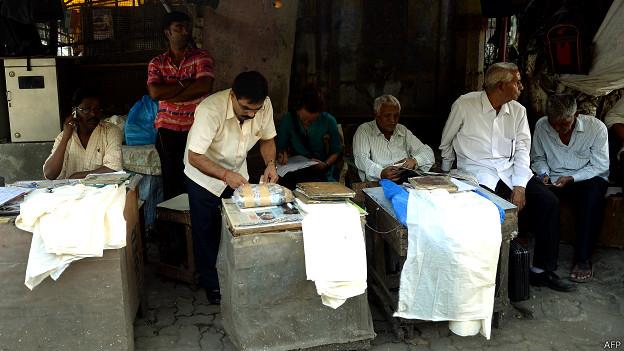 मुंबई में पत्र लेखक