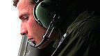 Tripulante de un avión de búsqueda de la Fuerza Aérea de Nueva Zelanda