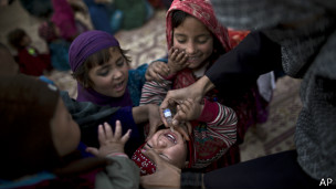 Vaksin polio, AP