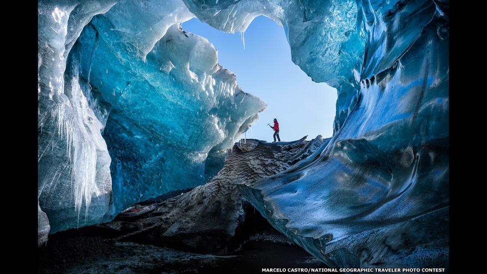 Ледяная пещера. Фото Марчело Кастро/National Geographic Traveller