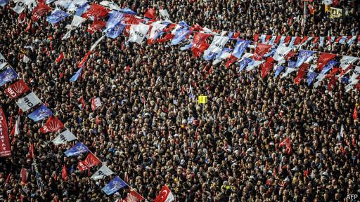 Митинг оппозиции Турция