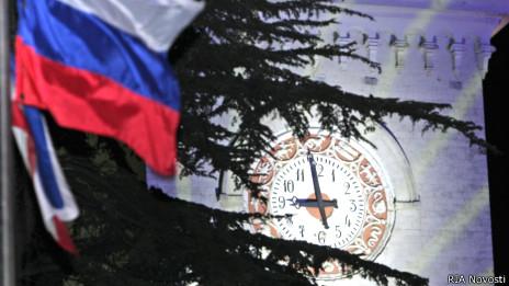Перевод часов на симферопольском вокзале на московское время 30 марта 2014 г.