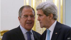 Сергей Лавров и Джон Керри в Париже 30 марта 2014 г.