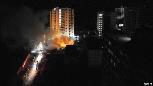 Fuego en un edificio de Iquique