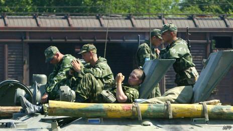 Soldados rusos en Georgia en 2008