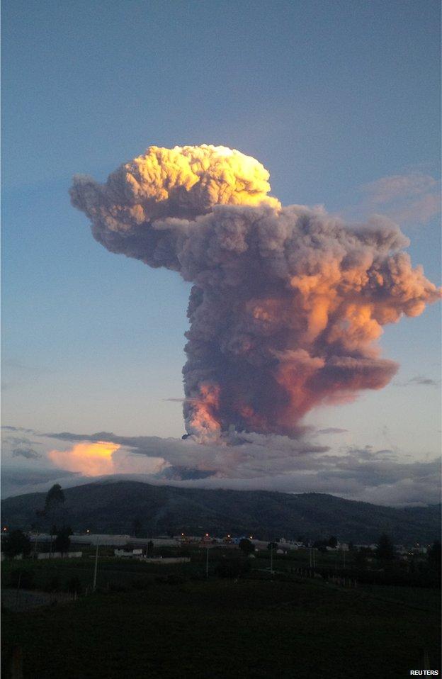 140405194622_ecuador_volcano.jpg