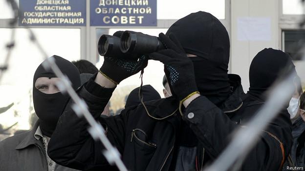 RUSIA - NOTICIAS:  - Página 4 140408155412_protestor_donetsk_624x351_reuters