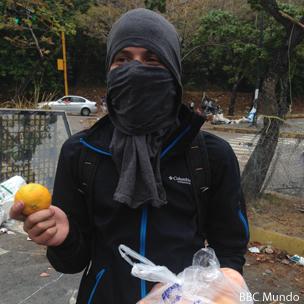 Guarimbero con mandarinas